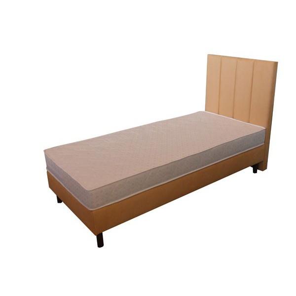 łóżko hotelowe z wezgłowiem