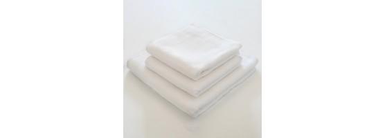 Białe ręczniki hotelowe 100% bawełna